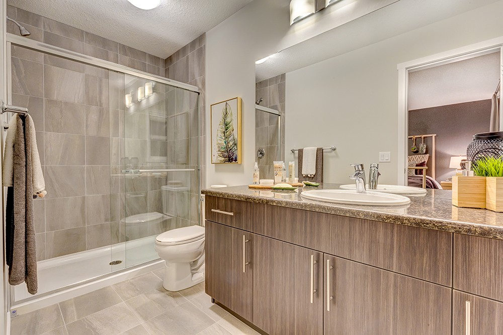 Townhome ensuite in South Edmonton