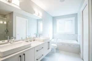 Master ensuite by City Homes Master Builder in Edmonton