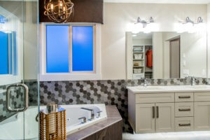 Master ensuite in single family Edmonton, New home builder City Homes Master Builder