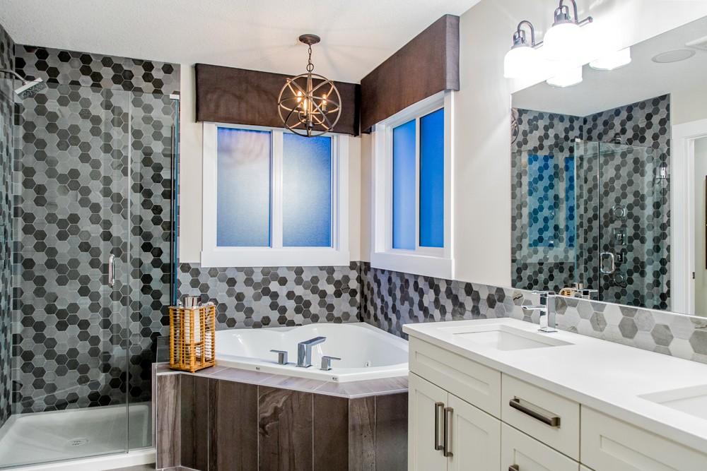 Ensuite bathroom in single family home Edmonton