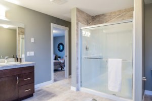 Ensuite in single family home by new home builder City Homes Master Builder