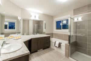 Duplex Ensuite by City Homes Master Builder in Edmonton