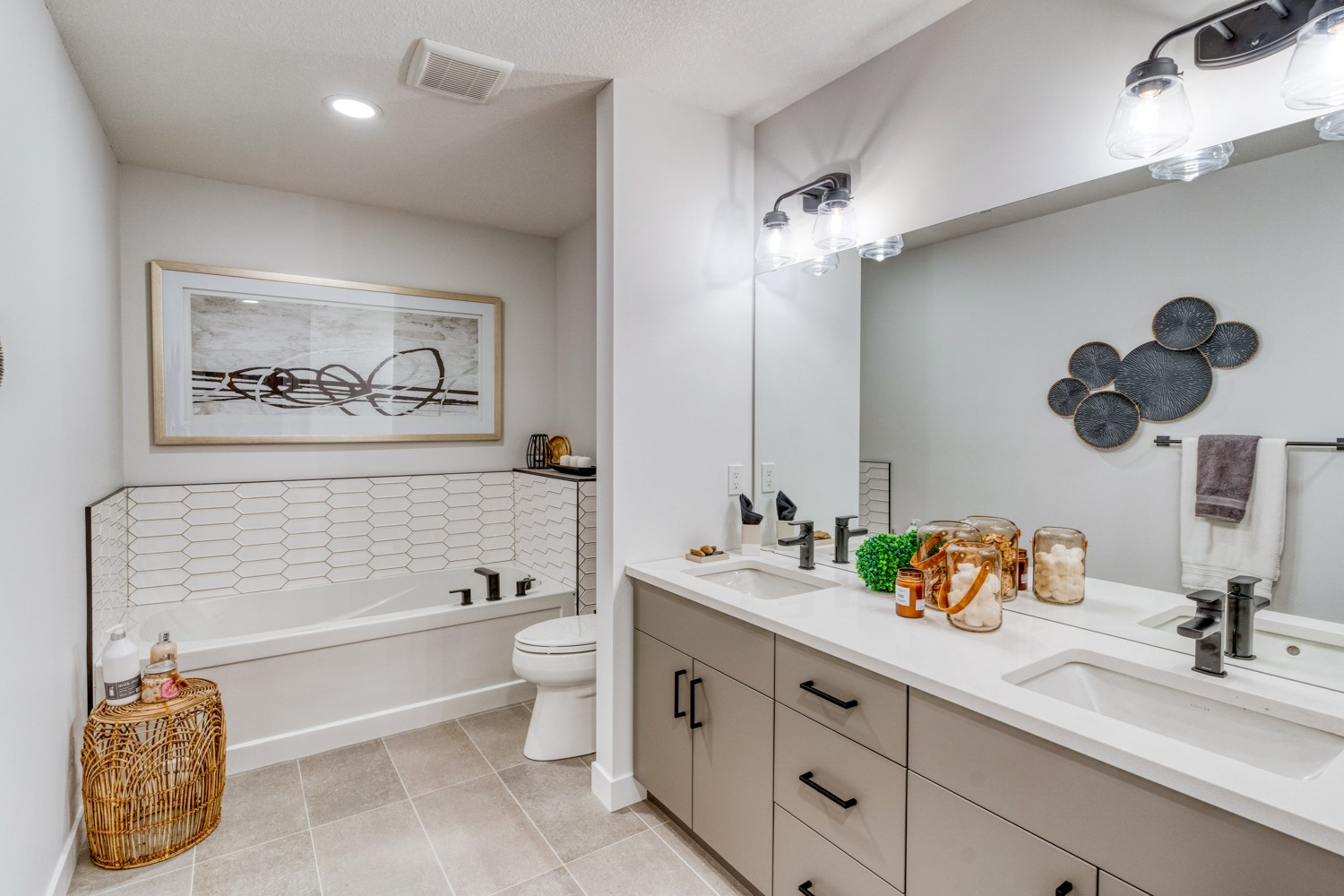 Ensuite in Sicily Showhome by City Homes Master Builder in Secord Heights