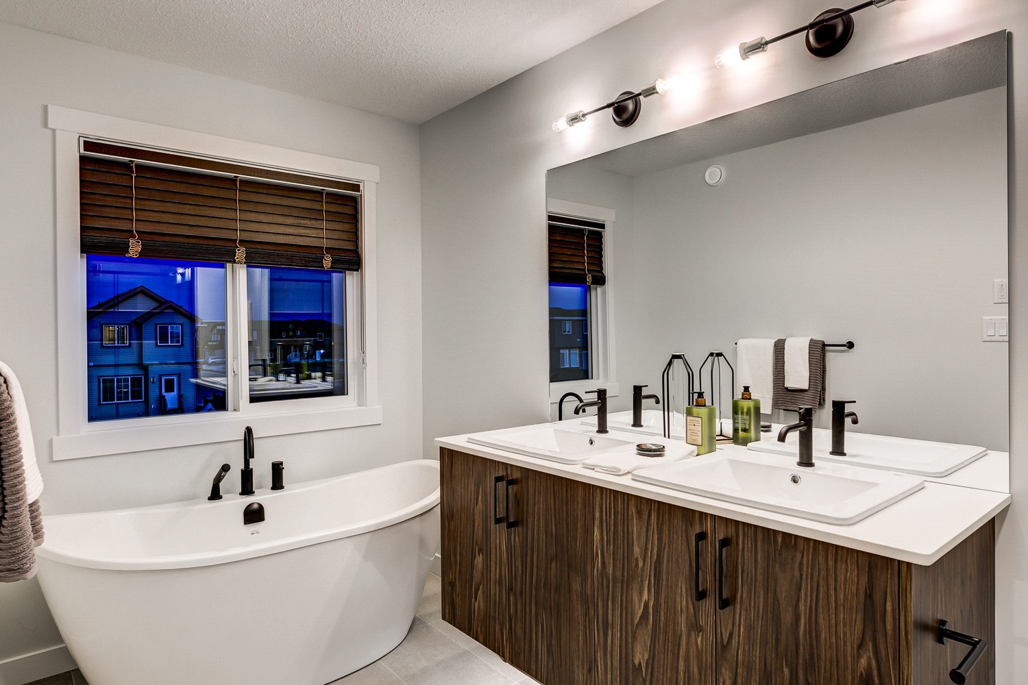 Master Ensuite in Rear Detached Home in South Edmonton